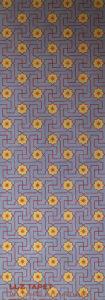 Willumsen og Alhambramønstret 22. Original håndtrykt på kraftig nonwoven tapetpapir med kompositionsfarver. Måler 56 x 160 cm. Prisen er 1.700,-